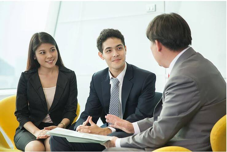 Five Questions to Ask When Hiring an Injury Lawyer