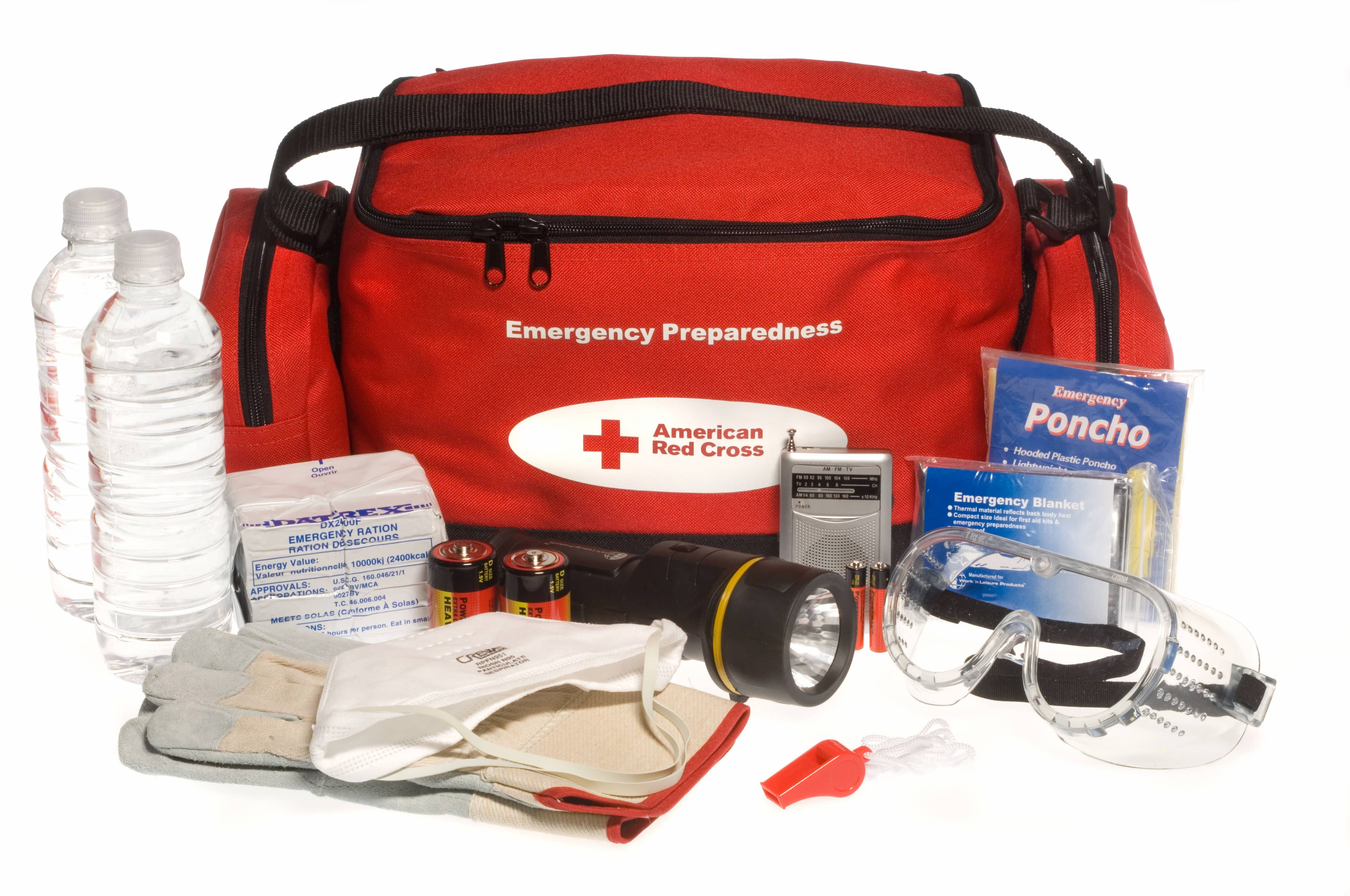What should you pack in an emergency kit for your car?