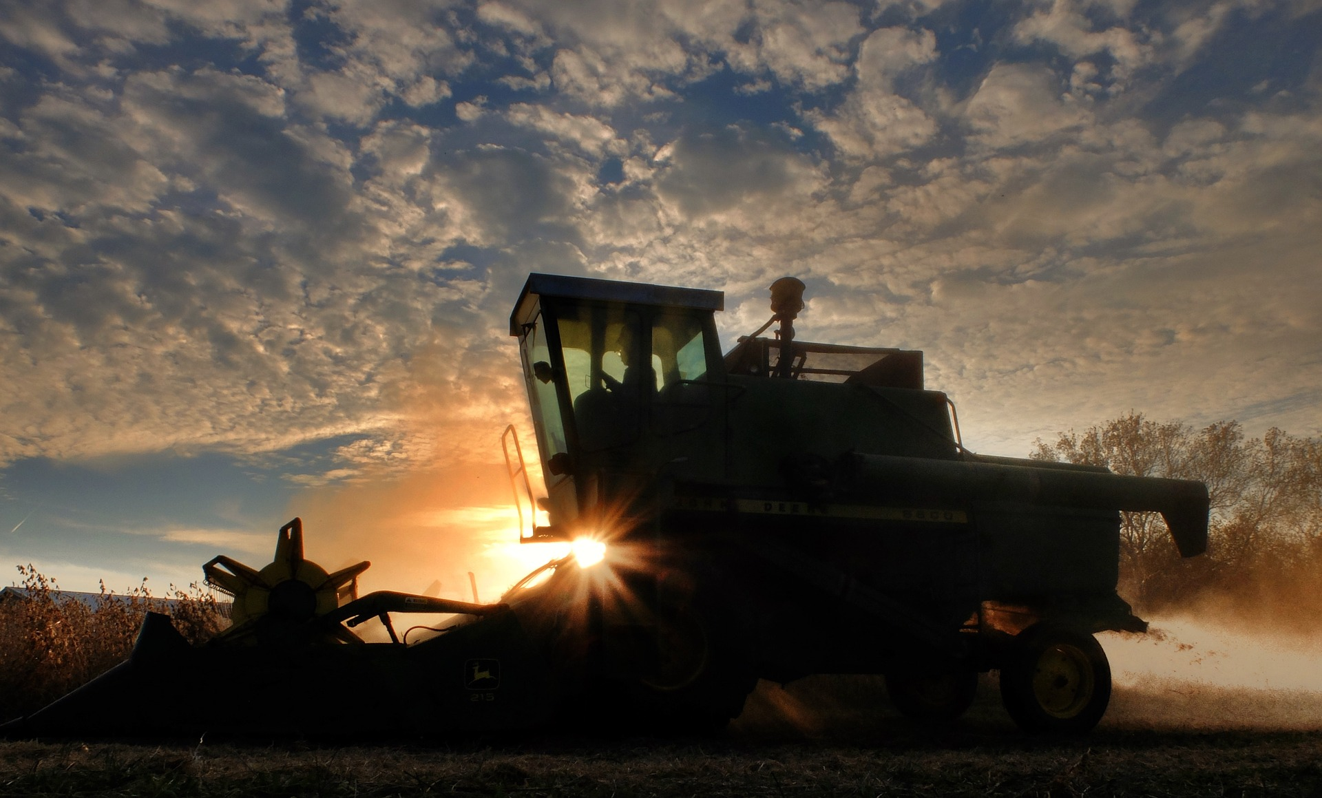 Driving Safety Tips for Harvest Season